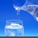 هرگز افطار خود را با نوشیدن آب سرد آغاز نکنید