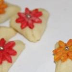 طرز تهیه  شیرینی مثلثی برای ا عیاد!شیرینی