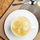 نحوه درست کردن کافه لاته و وانیل/نوشیدنی