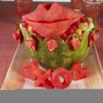 تزیین هندوانه شب یلدا به شکل لب/میوه آرایی