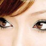 عیوب چشم و ابروهایتان را خودتان بگیرید/آرایش وزیبایی
