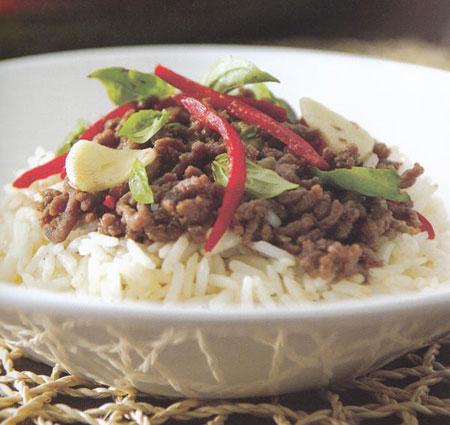 طرز تهیه برنج سرخ شده با نارگیل و بیف تایلندی /آشپزی