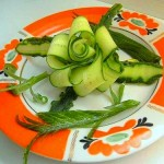 آموزش تصویری تزیین خیار به شکل گل سری2 /سفره آرایی
