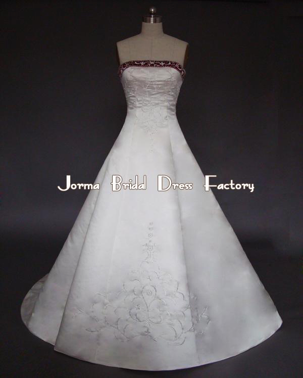 طرح های جدید و جذاب لباس عروس/وسایل مورد نیاز عروس